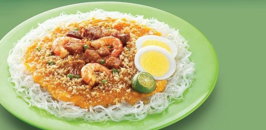 palabok-shrimp-eggs-calamansi