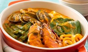 Seafood-Kare-Kare