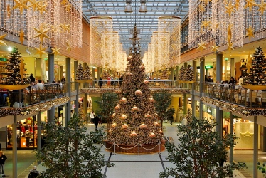 Potsdamer Platz Arkaden shopping mall at Christmas time, Potsdamer Platz, Tiergarten district, Berlin, Germany, Europe