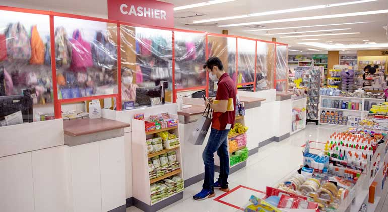 grocery-store-reuters