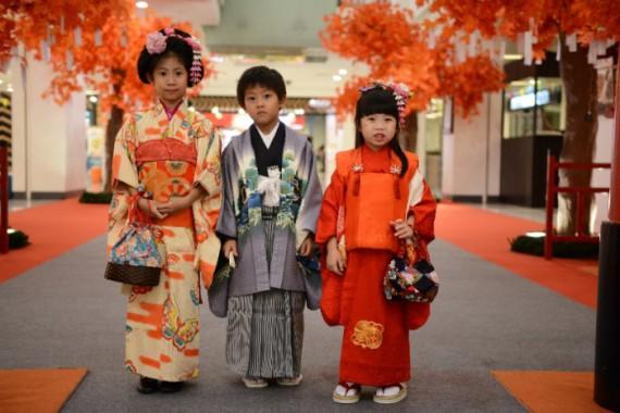 shichigosan-in-school